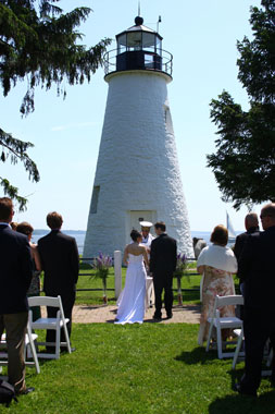 wedding at Concord Point Lighthouse